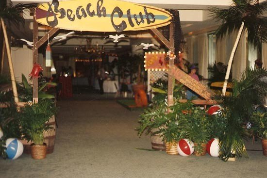 Beach-Club-Entrance<div style='clear:both;width:100%;height:0px;'></div><span class='cat'>Beach</span>