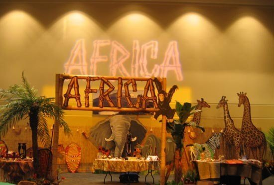 africa stage<div style='clear:both;width:100%;height:0px;'></div><span class='cat'>African and Jungle Props</span>