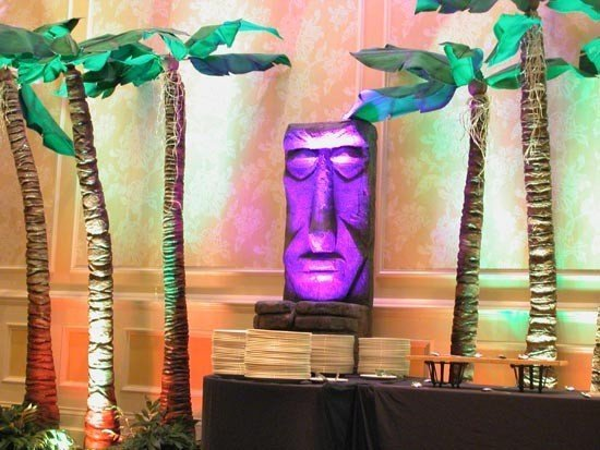 faux palms<div style='clear:both;width:100%;height:0px;'></div><span class='cat'>African and Jungle Props</span>